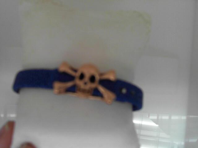 Sting HD:  Blue Sting Sterling Silver Rose Gold Plating Bracelet Name: Luxe/Skull Length: Medium Diameter: 8.5 Mm