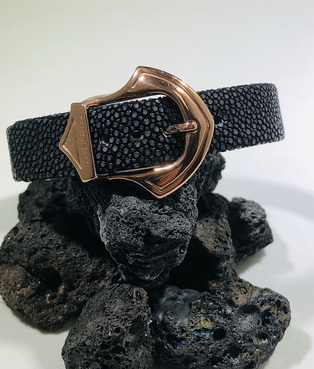 Sting HD:  Black Sting Ray With Sterling Silver & Rose Gold Plate Bracelet  Sz: Regular